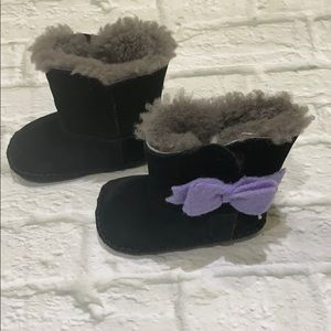 Baby Black Uggs w/ purple bow on side - size2/3